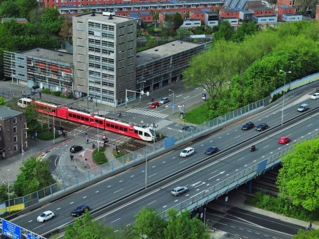 Imagen destacada de Países Bajos es el país más preparado para el despliegue de coches autónomos