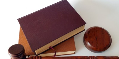 Imagen destacada del sector Abogados y notarios